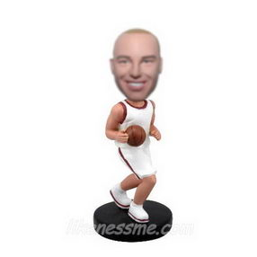 personalized-custom-basketball-bobblehead-doll-3113759_HE