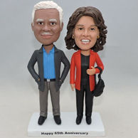Aniversary bobbleheads gifts for parents