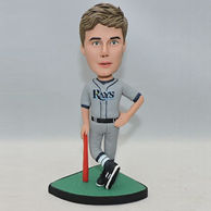 Personalized baseball player bobblehead whith gray jersey