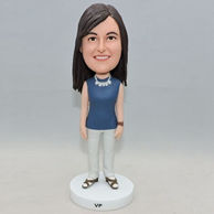 Normal standing women bobbleheads hung a necklace