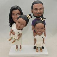 Custom Family Bobbleheads Mom & Dad with their daughters