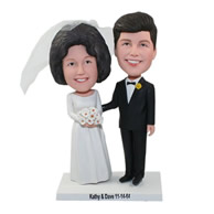 Custom happy new couple for wedding bobble heads
