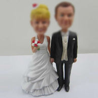 Wedding cake bobbleheads